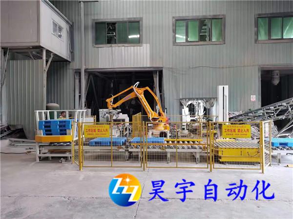 埃斯顿码垛机器人和自动缠绕机生产线使用方便入库转运